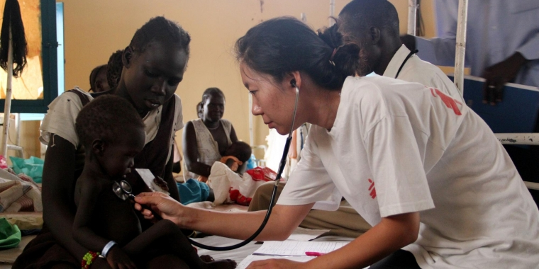 Dr Kim from South Korea does rounds in the intensive therapeutic feeding centre in a MSF hospital in Agok.